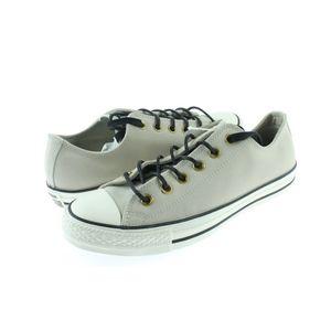 Converse Chuck Taylor Shoes 7.5M/9.5M